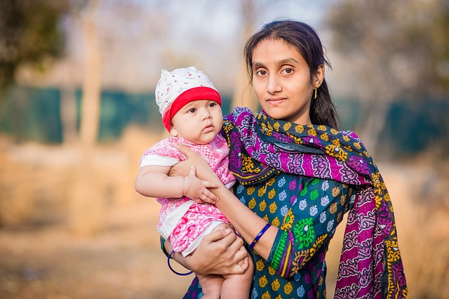 The PopSci-Corner: Why Young Women In India Bear Their Children At A Very Young Age